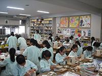 図工の授業(木工作)