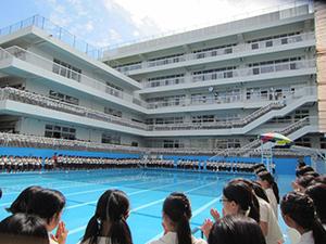 プール開き。安全と健康をお祈りします。